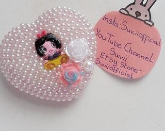 Kawaii Disney Snow White Heart Compact Mirror