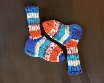 Hand knit infant/baby socks