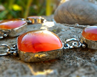 Sumptuous River carnelian Luxury Collection
