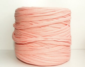 Light salmon Tshirt yarn 120 m ( 131 yards ), recycled cotton yarn, zpagetti yarn, spaghetti yarn, trapillo
