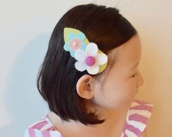 Trinity Big Felt Flowers Hair Clip