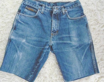 Wrangler Bermudas in jeans from the 80s Sewn correctly to the machine, Zip wrangler bermudas 1980