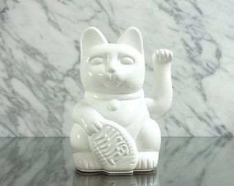 Maneki Neko / Lucky Cat / Waving Cat in 2 Sizes – White gloss