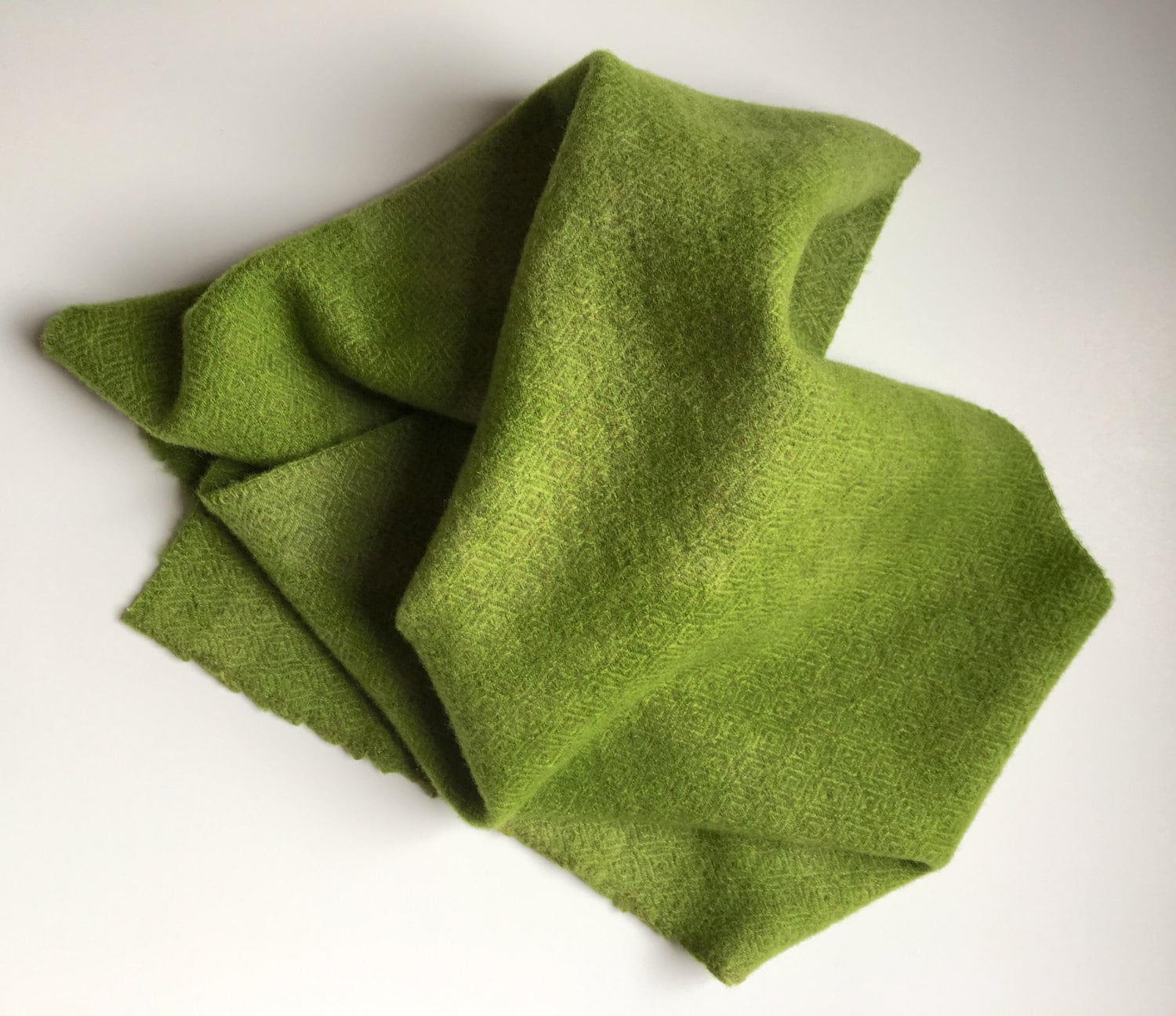 Spring Green Tic Toc, Hand Dyed Wool, Fat Quarter Yard, Felted Wool Fabric  for Rug Hooking, Wool Applique and Crafts