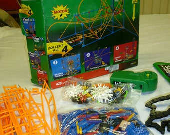 K'NEX Speed Roller Coaster - Good Condition, Orginal Box included, Booklet included,428 pieces 2' tall