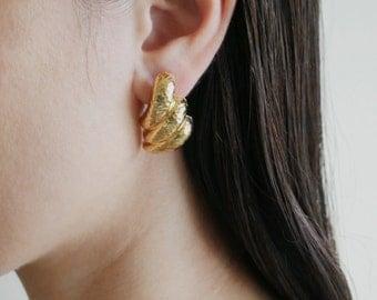 gold spiral earring