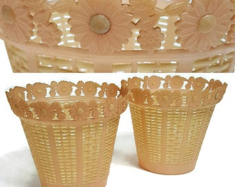 Set of 2 Beautiful Blush Pink Light weight Plastic Flower Pot Cover Planter Vintage Decor Cottage Chic Basket Weave