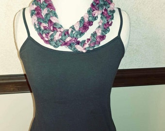 Chained crochet cowl