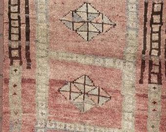 "SE 12 Turkish handmade Oushak vintage rug.,320 x 76 cm., 10' 5"" x 2' 5"" ft. ,Shipping included.."