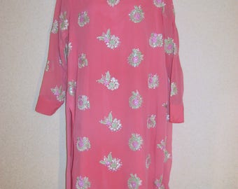 Dress oriental embroide vintagery