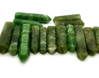 "Wow Beautiful Grocullar Jade Green Crystal ""Weight"" 135 grams"