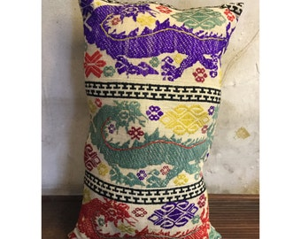 Vintage Handmade Tribal White Thai textile silk cotton pillow cover in the Centre of Vietnam