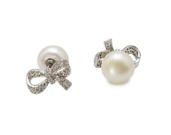 Two-Way Pearl Bow Earrings