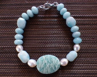 Bracelet in amazonite and freshwater pearls