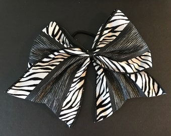 Cheer style bow