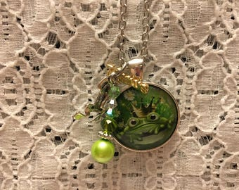 Frog Prince Charm Necklace/Frog Prince Necklace/Frog Prince Pendant/Frog Prince Jewelry/Kiss a Frog Necklace