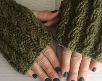 Mans/large fingerless gloves/arm warmers khaki green