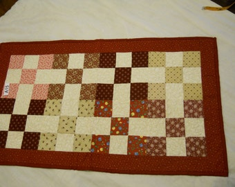A15 red quilted table runner