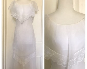 Vintage 70's Flowing Wedding Dress
