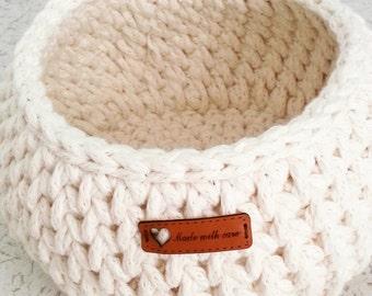 Dorm decor Crochet Baskets /  tshirt yarn basket, crochet bowl, storage basket