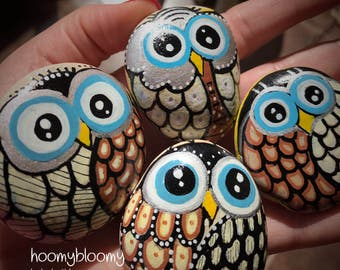 Painted owls, painted sea stones