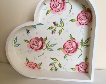 Decoupaged heart tray
