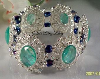 Women's Borealis green and silver stretch bracelet