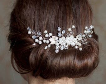 Bridal hair comb, Wedding hair comb, Delicate bridal comb, Bridal Headpiece,  Wedding Headpiece, Pearl Hair Piece, Pearl bridal comb