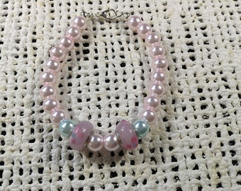 Pink and blue pearl bracelet