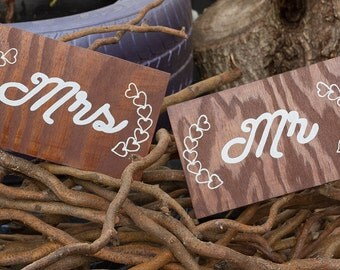 Mr & Mrs Signs wedding
