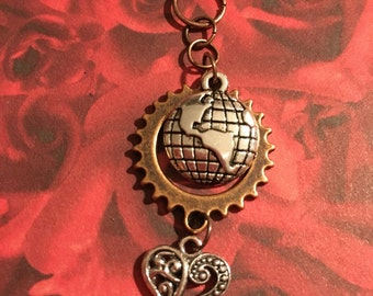 Love Makes the World go 'Round Idiom Pendant