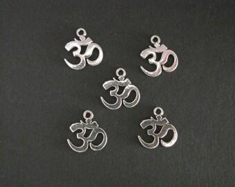 Om Charm, Ohm Charm, Antique Silver, 1.5cm x 1.4cm, Set of 5    (C14)