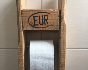 Toilet paper holder from euro pallet
