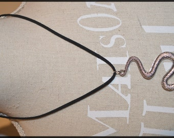 Necklace snake
