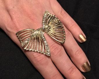Retro Pin-up ring Vintage costume Statement bow Ribbon rhinestone gold Big wedding