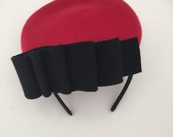 Red and black loop fascinator headband