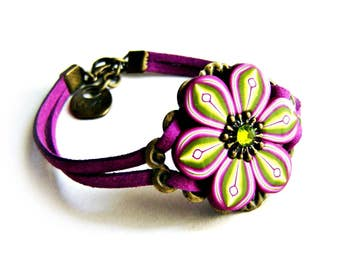 Polymer clay flower bracelet: Flower bracelet, Green and magenta flower, Unique bracelet, Clay bracelet, Polymer clay jewelry