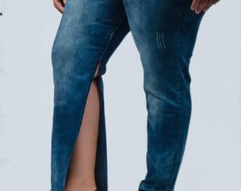 Adaptive - Distressed blue jeans