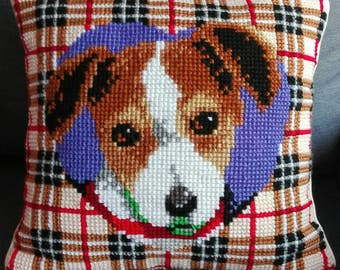 Hand-embroidered cushion point of cross Cross Stich dog cover