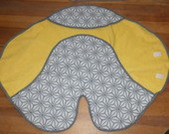Mobile cover grey and mustard yellow baby 0-6months mixed