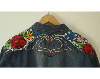 Hearts and flowers embroidered denim shirt