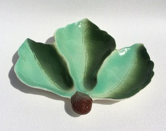 Royal Winton quirky leaf dish