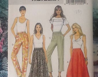Butterick B5650, sewing pattern, fast and easy.  Ladies skirt and pants, trousers in 2 lengths.