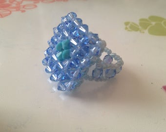 Swarovski Crystal and Pearl ring size unique elastic - blue
