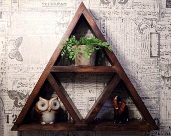 Rustic Triangle Shelf // Bathroom // Bedroom // Living Room // Zelda // Decor