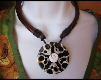 Wooden St. Lucia /nacre eye pendant necklace / coral