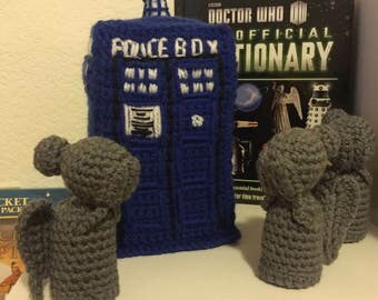 Dr Who Tardis and  Weeping Angels