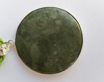 Jade and silver necklace - J01008
