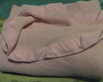 VINTAGE Lovely Double Bed Blanket Open Weave Pink 2 mtr x 2 mtr 60cms V. Good cond