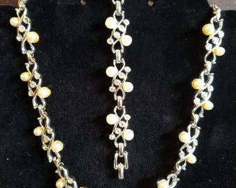 Vintage Rare Sarah  Coventry Collar Necklace With Matching Link Bracelet. Silvertone With Swirls, Pearls & Rhinestones.